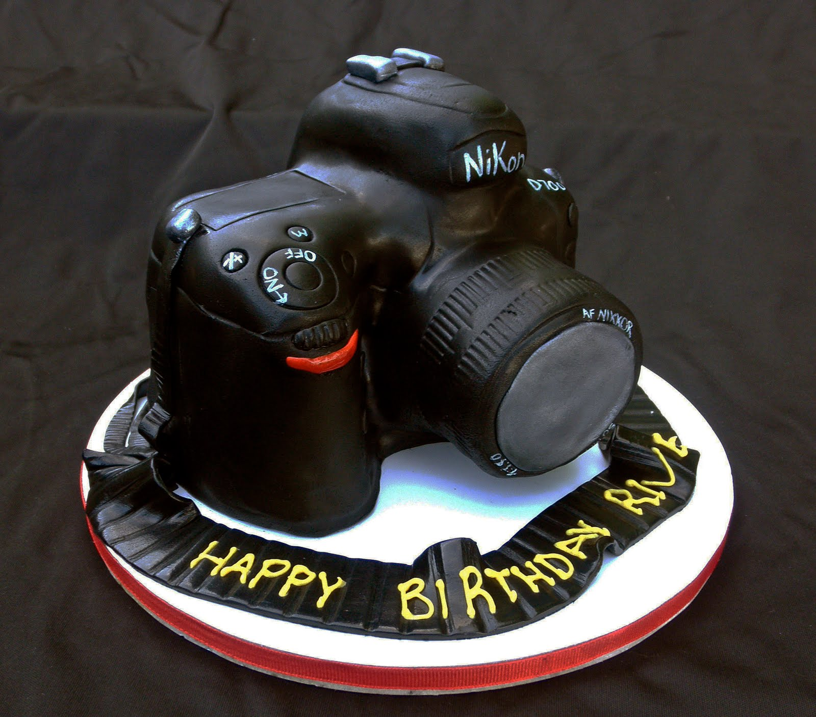 Camera Images For Cake : Sweet T s Cake Design: Nikon D700 Camera Cake