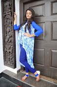 Nikitha Narayan glam pics-thumbnail-4