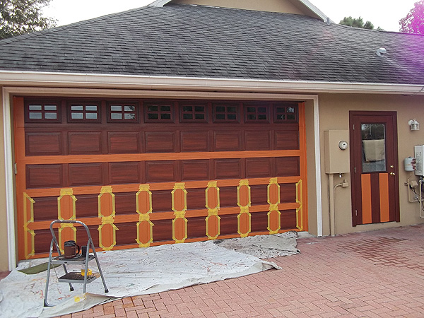 Create a wood grain on garage everything i create for Wood grain garage doors