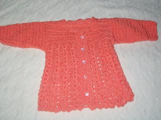Ropa de bebé tejida al crochet