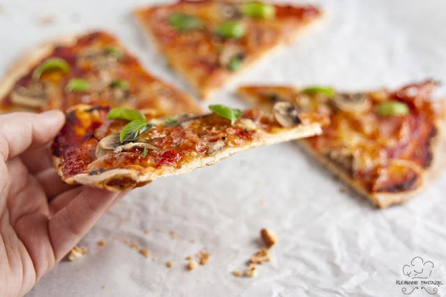 Pizza capricciosa, pizza, capricciosa, capriciosa, capricciosa przepisy, pizza na cienki spodzie, pizza przepisy, pizza ciasto przepisy, przepis na pizze, ciasto do pizzy, przepis na ciasto do pizzy,