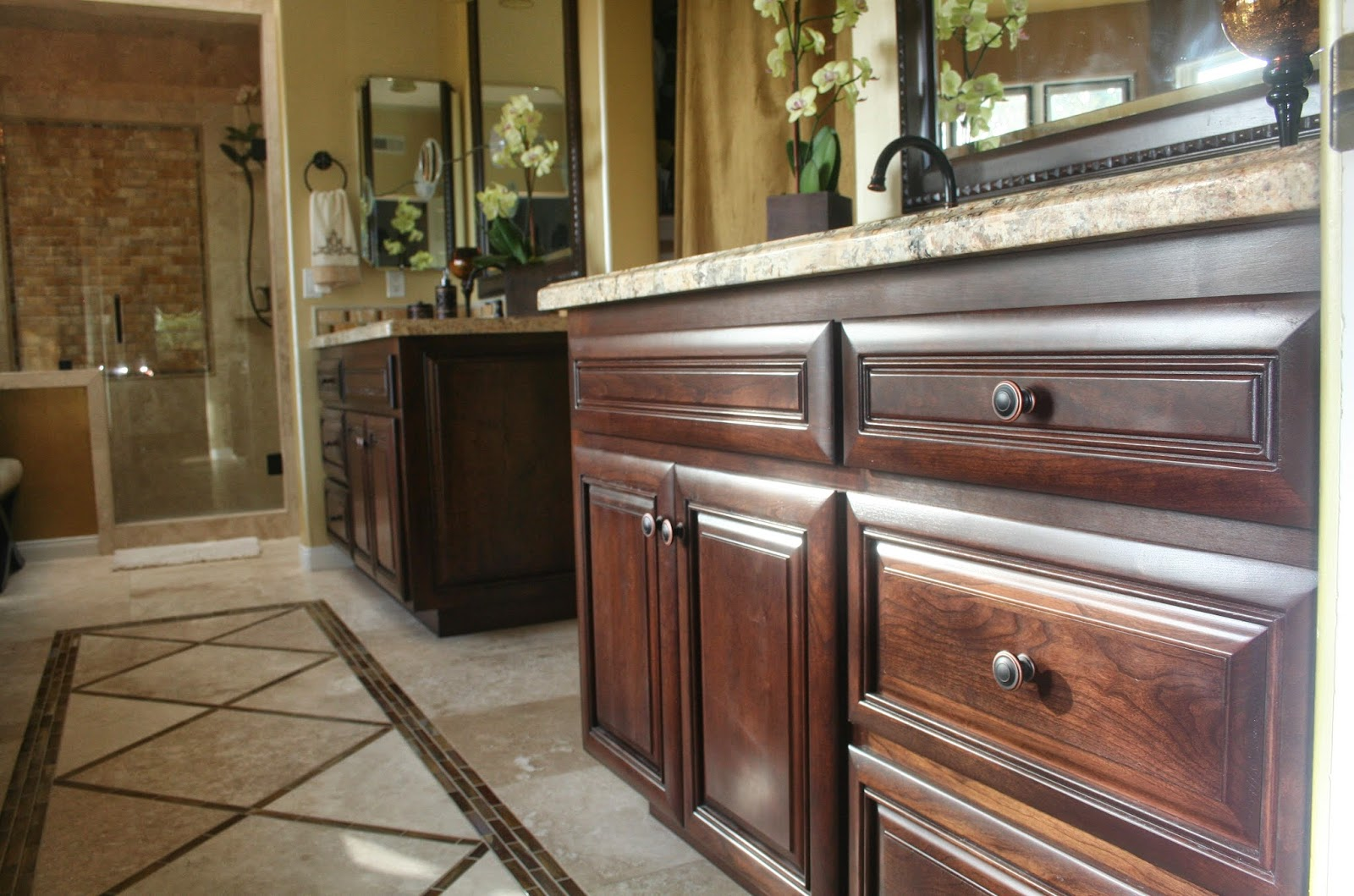 Country bathroom furniture