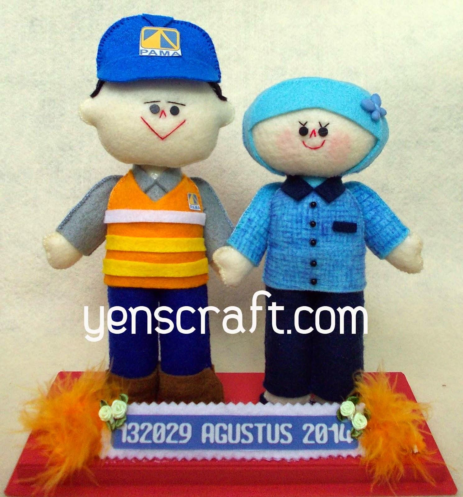 boneka couple profesi karyawan pama
