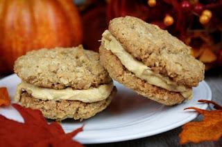 oatmeal-pumpkin-sandwich-cookies