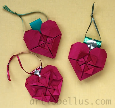 Christmas Decoration: Heart Ornament