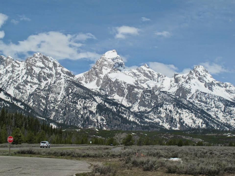 Magnificent Yellowstone And Grand Teton National Parks