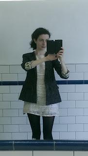 Kaisla Blazer Bathroom selfie 2