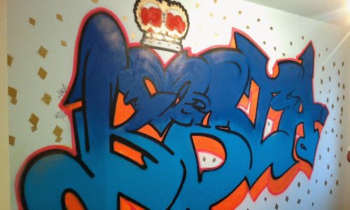 Lottas werke november 2014 - Graffiti zimmerwand ...