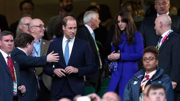 Kate Middleton attend the opening ceremony of the 2015 Rugby World Cup at Twickenham stadium