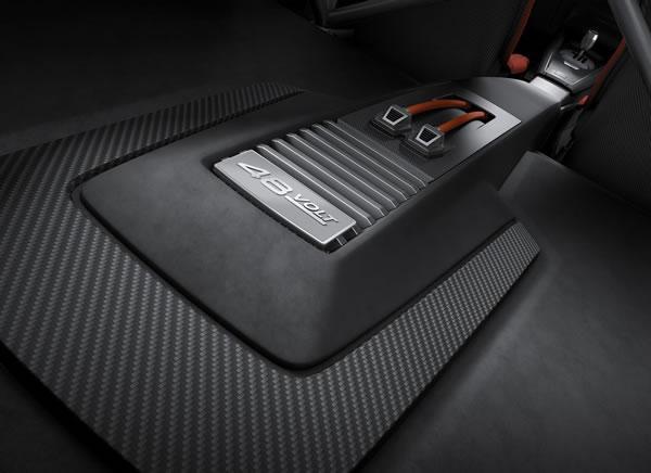「TT Clubsport Turbo Concept」のリアカーゴスペース画像