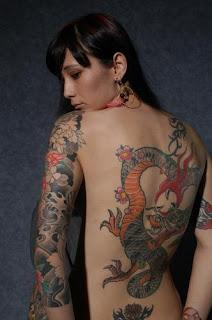 fotos e imagens de tattoos de dragão