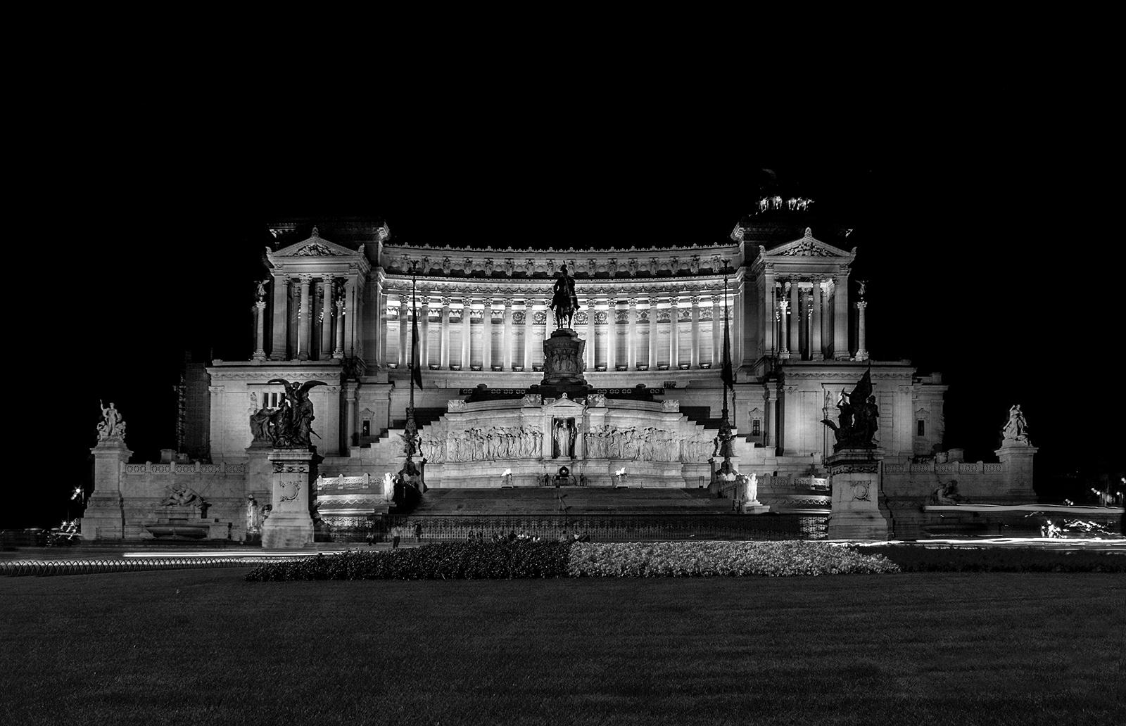 Obiettivo bianco e nero maggio 2012 for Roma in bianco e nero
