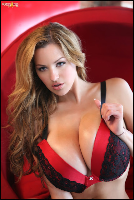 Jordan Carver - Black & Red