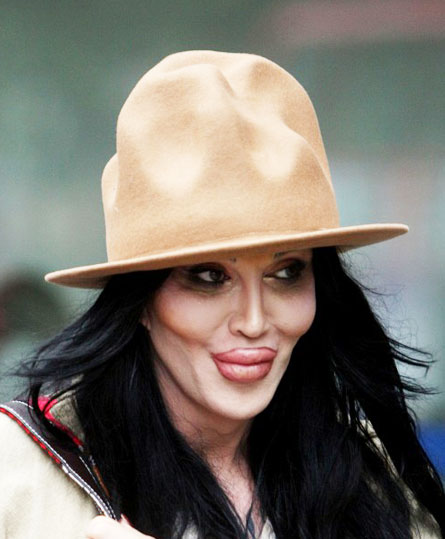 Pete Burns Chatter Busy: Pete Bur...