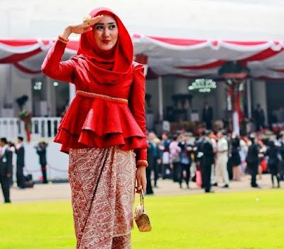 Inspirasi Wanita Masa Kini Fashion Hijab Yang Menarik