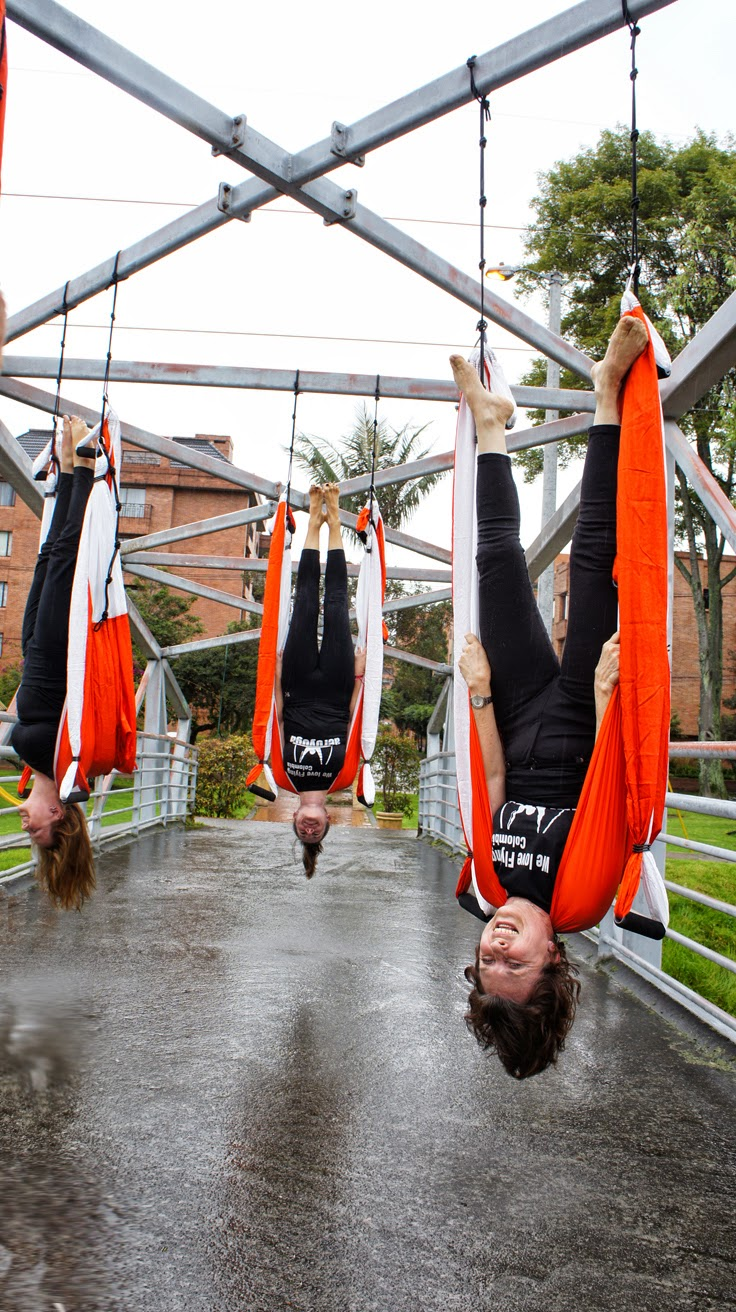 AERIAL YOGA WITH RAFAEL MARTINEZ