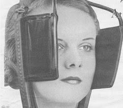 Propaganda da Eletrolux nos anos 50 com uma mulher usando viseira de cavalo.