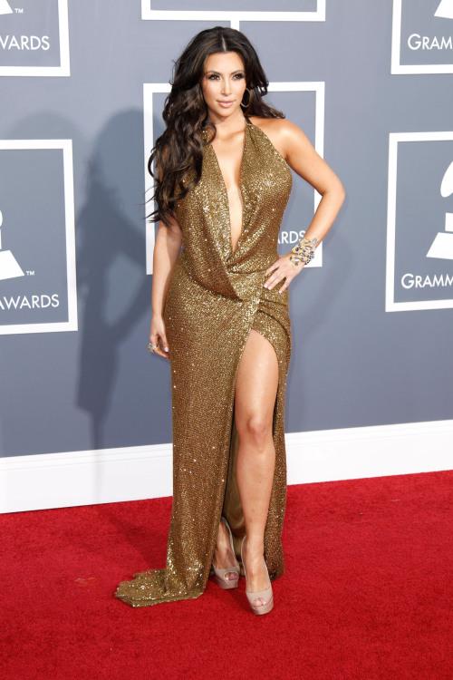 kim kardashians fashion emergency curves wouldnt fit in