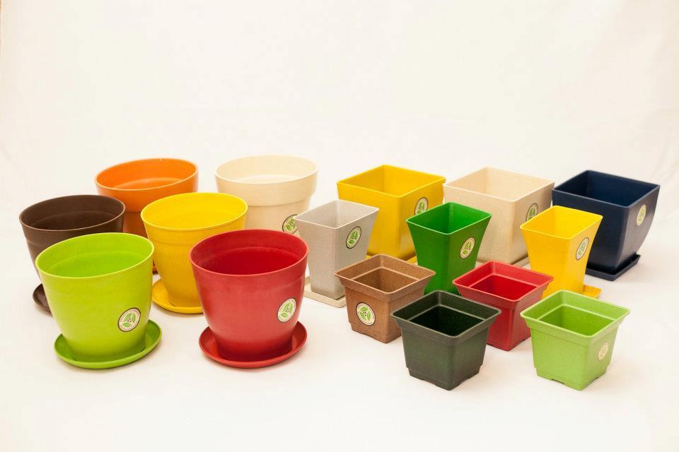 Macetas macetas de colores plastico casa dise o - Maceteros de plastico ...