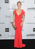 Kate Hudson in a revealing red gown