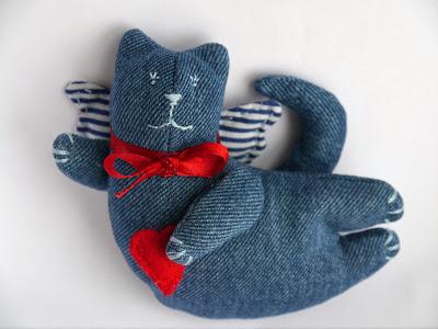 Летящий кот-тильда