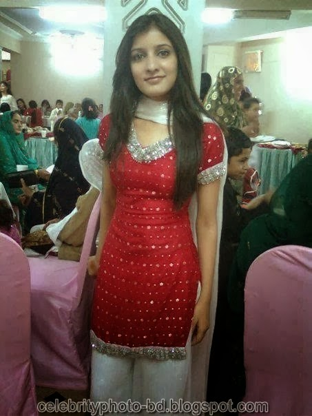 Deshi+girl+real+indianVillage+And+college+girl+Photos064