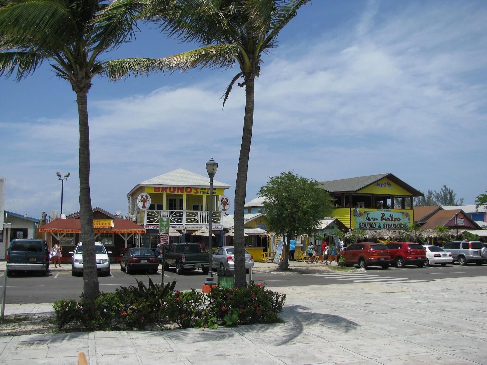 Bahamian fried fish for Fish fry bahamas