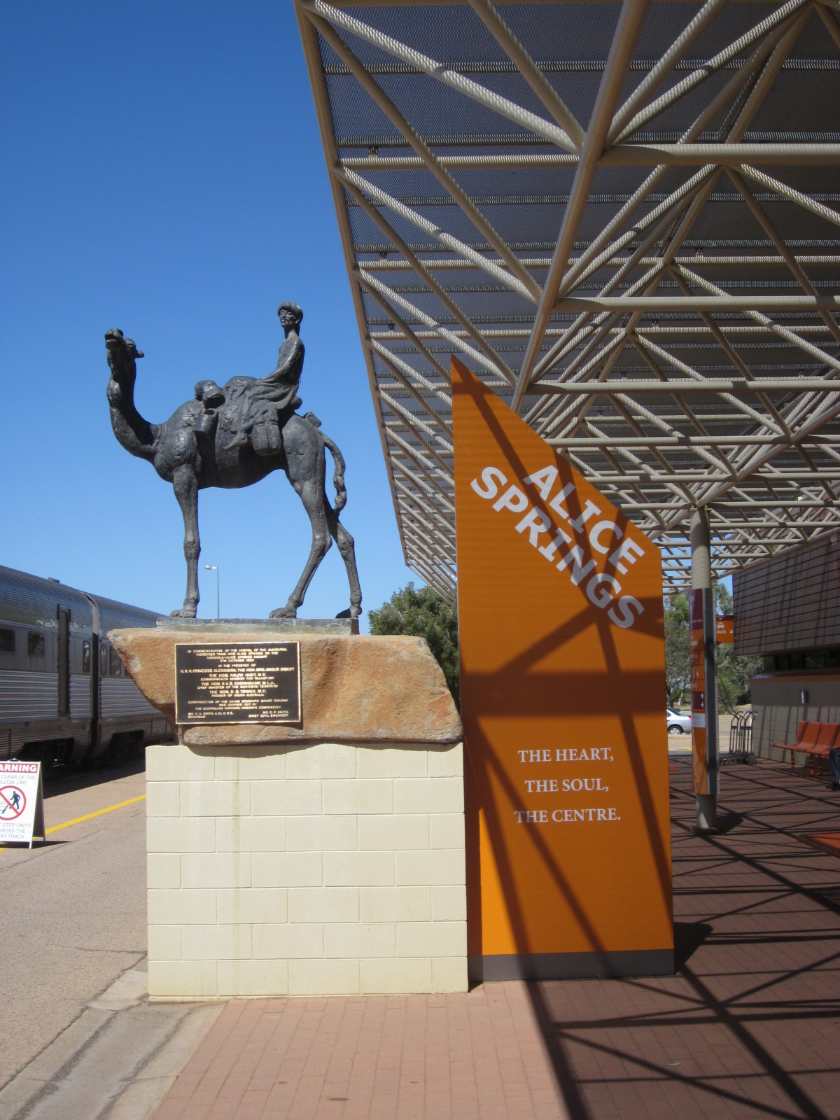 Ray 39 s retirement the ghan alice springs - Alice springs tourist office ...