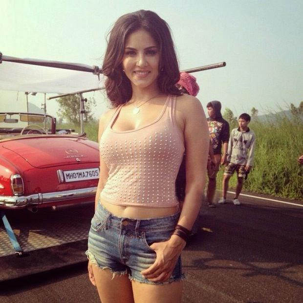 Sunny Leone Thailand Tour Hot Photos