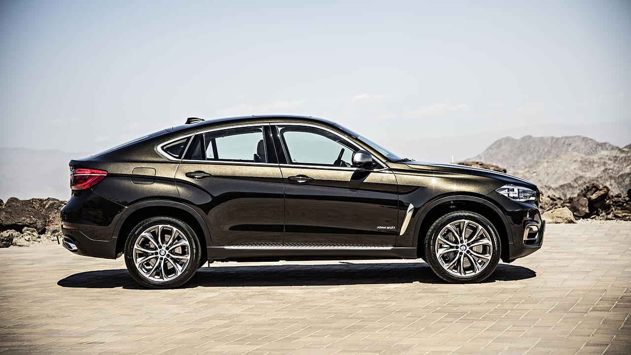 BMW X6 side