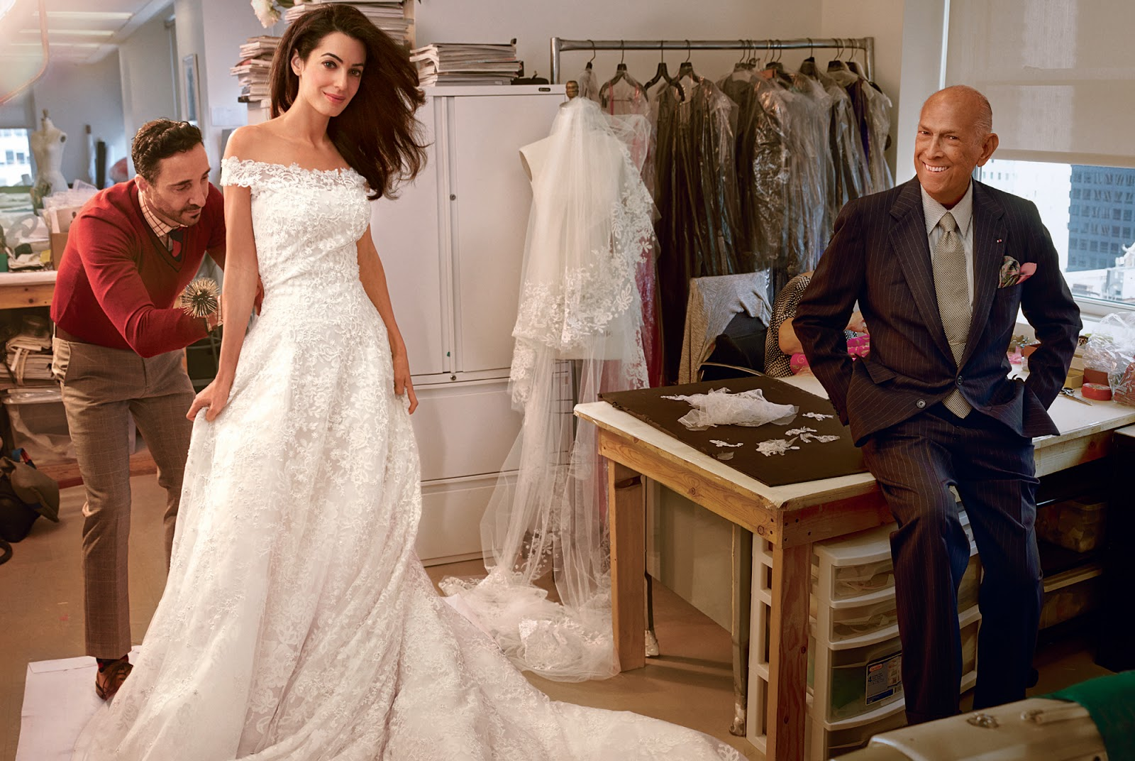 oscar de la renta, amal clooney, amal alamuddin, wedding dress, george clooney, vogue