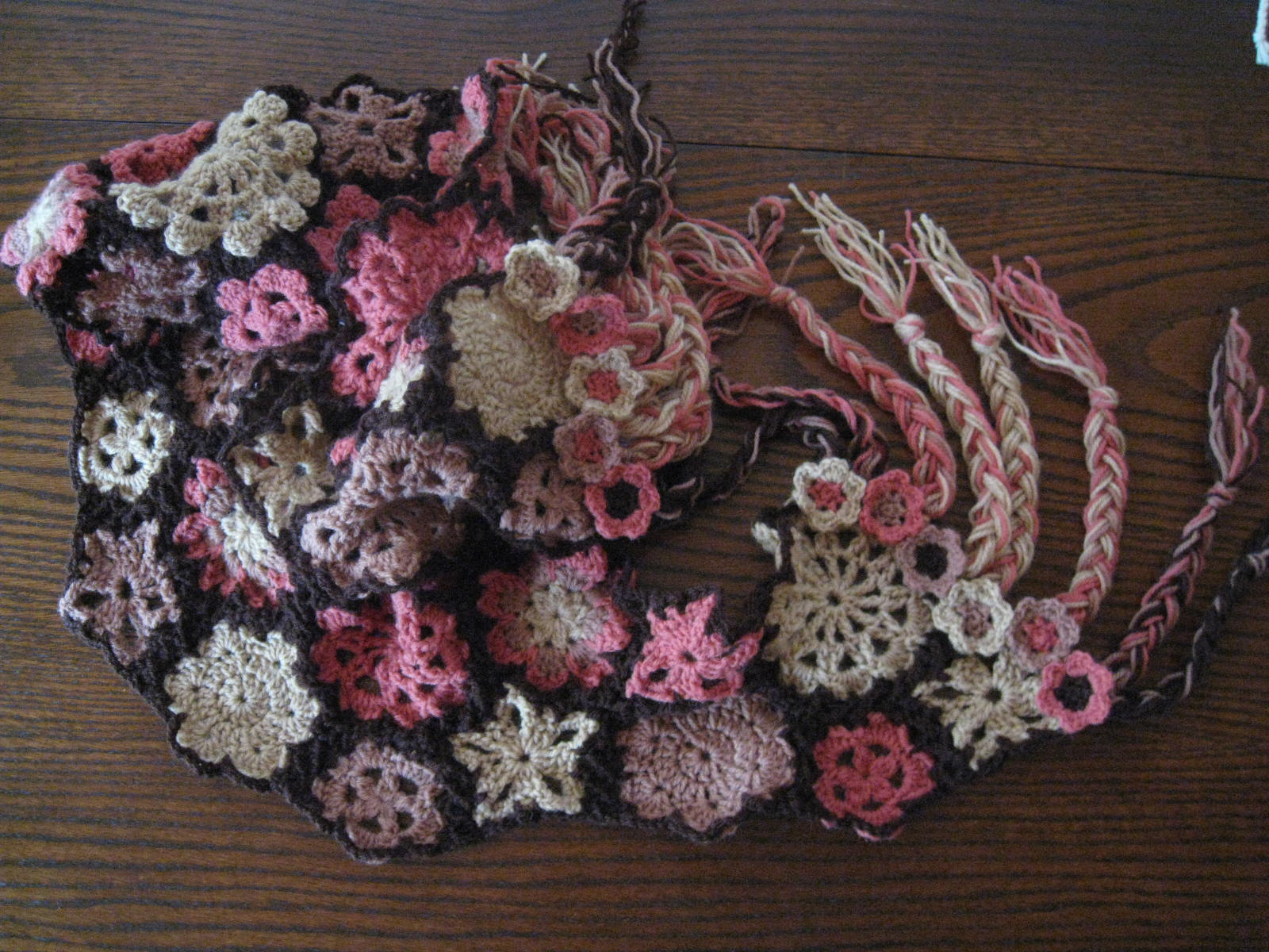 Dawns Crochet Blog: Flower Scarf