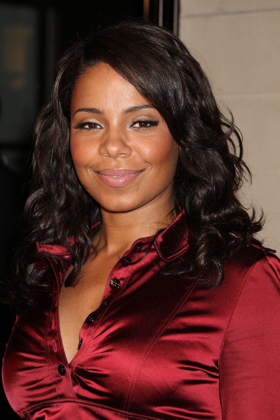 Sanaa Lathan Curly Medium Black Hair Styles