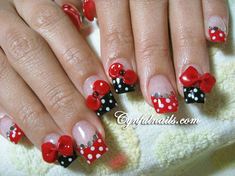 Дизайн ногтей черный френч с красным рисунком фото