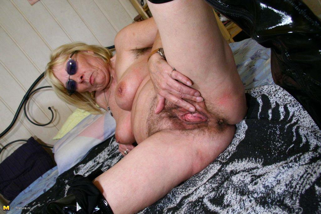 Freundin Granny Sexmaschine Fisten