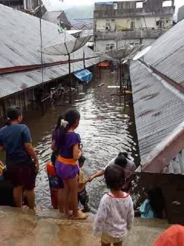 kumpulan foto lengkap banjir di padang panjang jumat 24 januari 2014