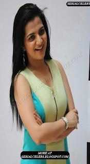 VJ divya Darshini thigh show