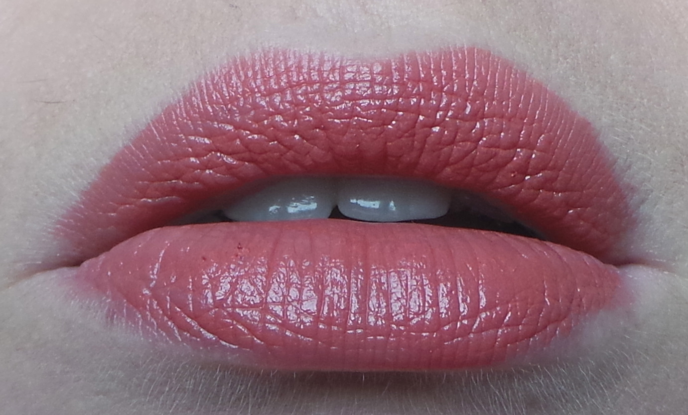 Tom Ford Twist of Fate swatch