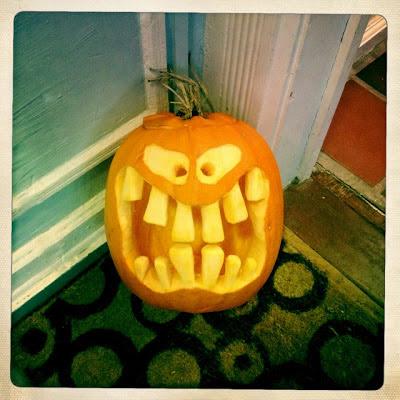 Halloween græskar med udskæring