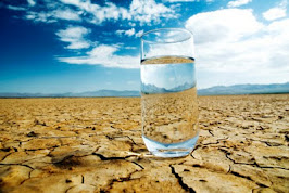 Eu Sou A Água que procuras no deserto. E quando pensas que Estou longe, Estou perto...