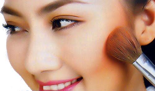 Cách giúp những cô nàng có gương mặt gầy trở nên rạng rỡ - Ảnh 3