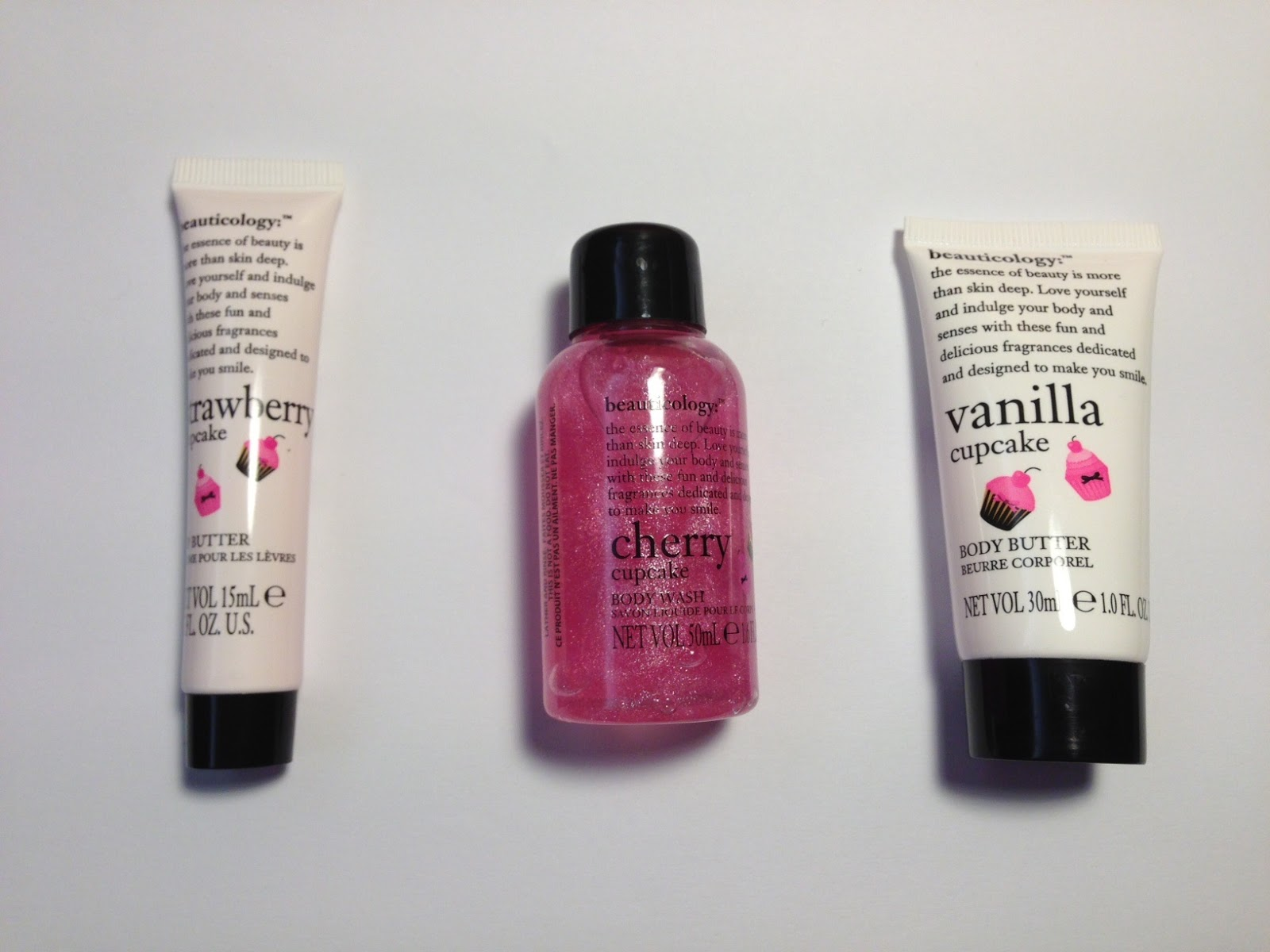Notes From My Cosmetic Pouch : Beauticology Cupcake Bathtub Set