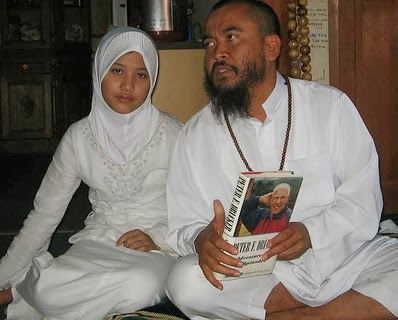 child marriage in islam and its Importance of marriage in islam  in its 'ibadah aspect, marriage is an act pleasing to allah because it is in accordance with his commandments that husband and.