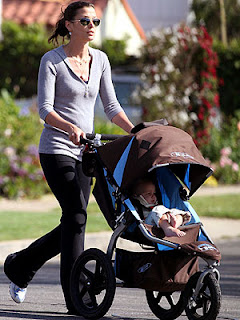 Celebrity Mom Bridget Moynahan Jogging with Baby