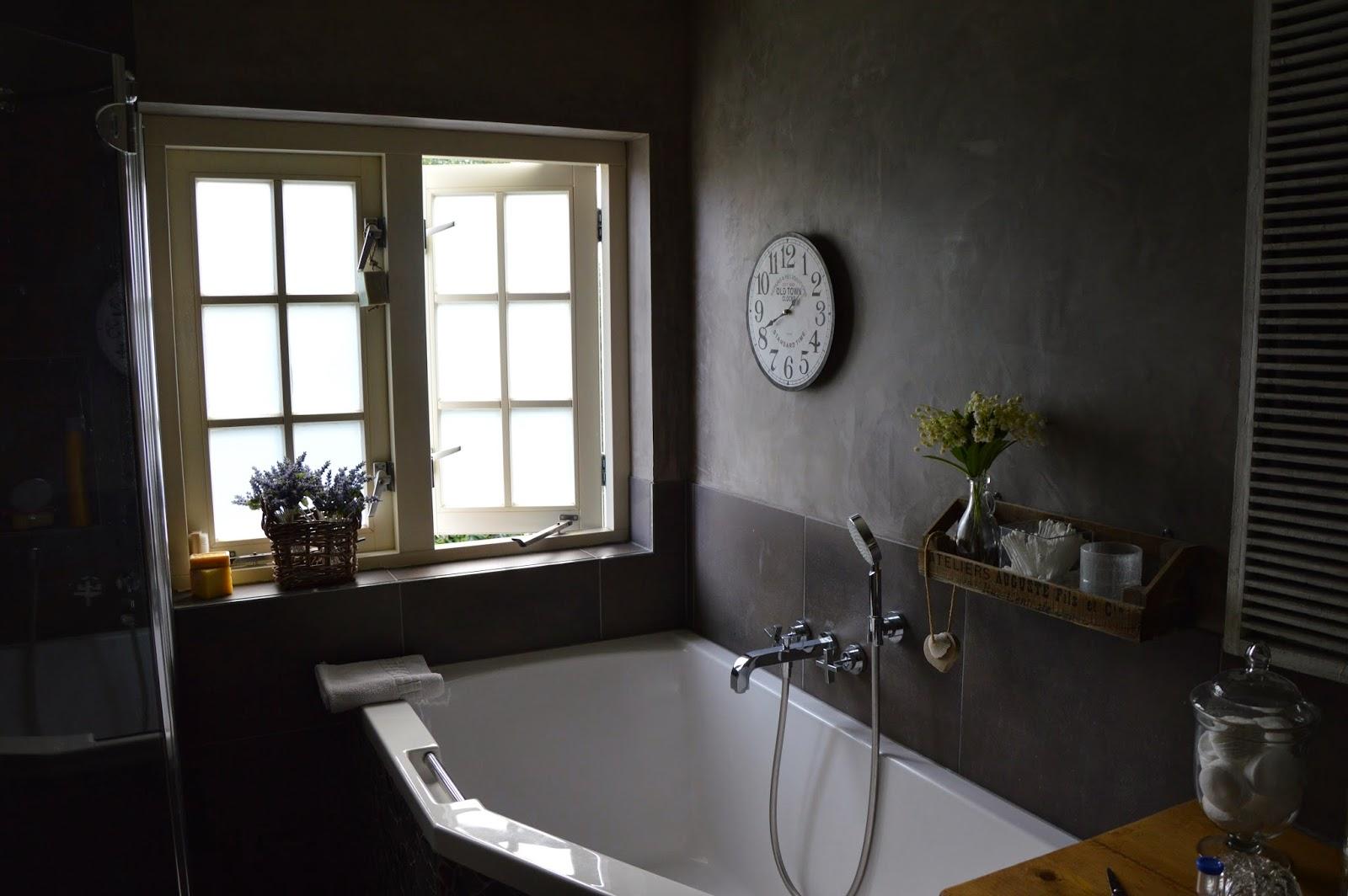 badkamermeubel met waskom