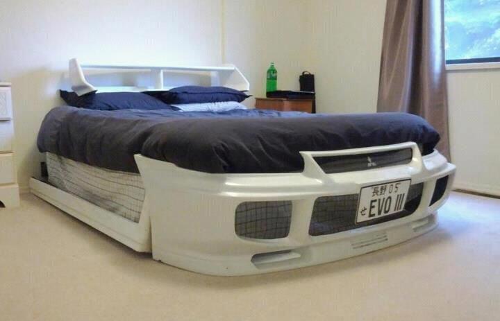 Mitsubishi EVO 3 Bed!