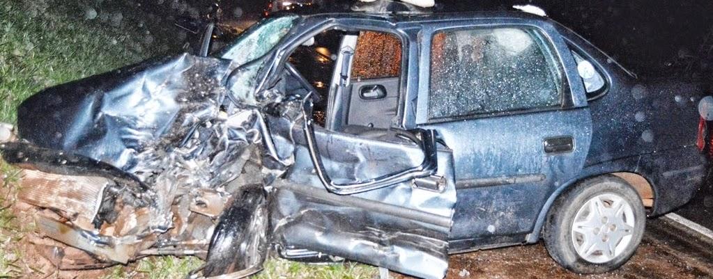 Grave Acidente entre Fiat Uno e Corsa Próximo a Faxinal