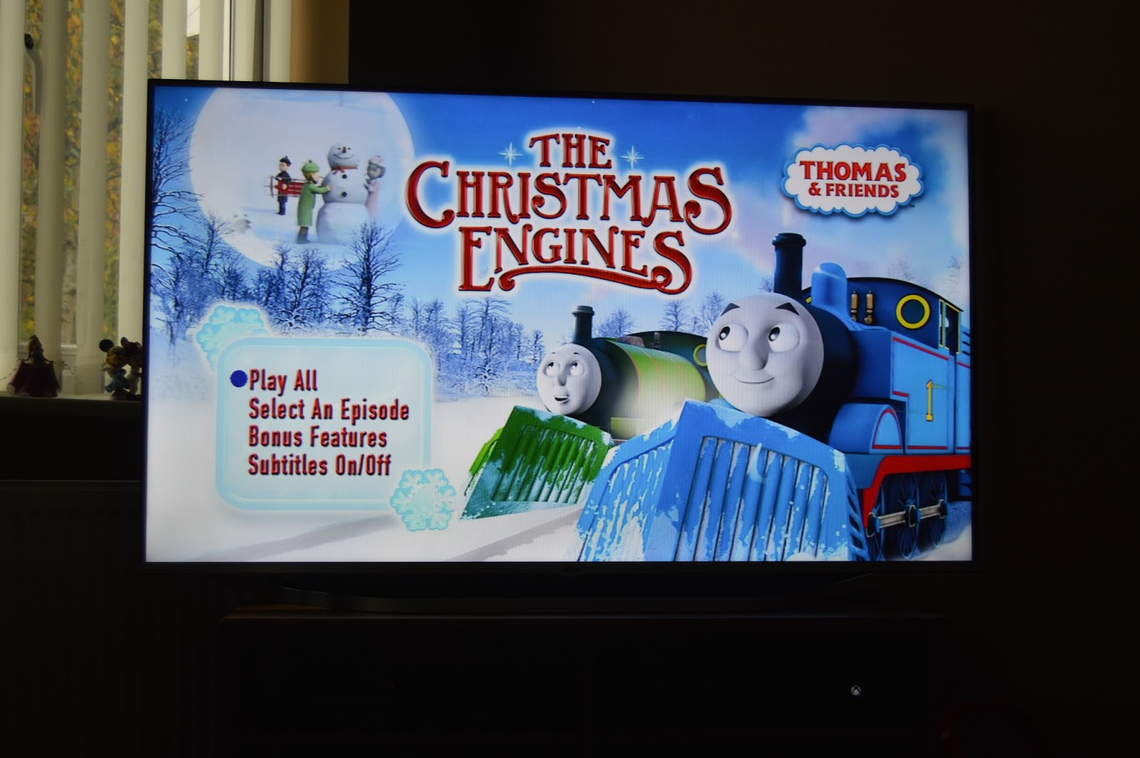 Thomas and Friends - The Christmas Engines DVD Review | Playdays and ...