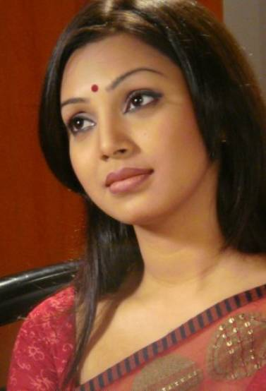 HOUSE FULL: BANGLADESHI MODEL SADIA JAHAN PROVA MMS SCANDAL