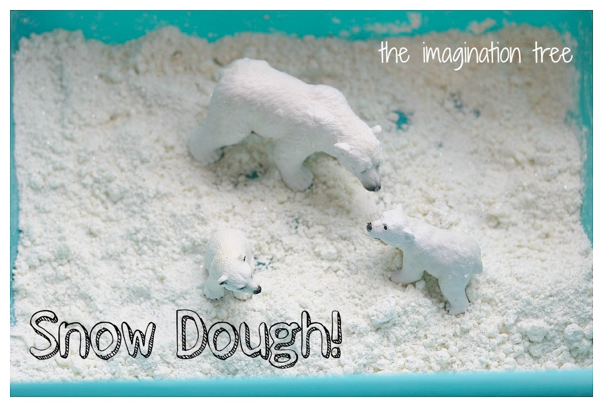 Snow dough recipe for winter sensory play the for Fake snow recipe for crafts